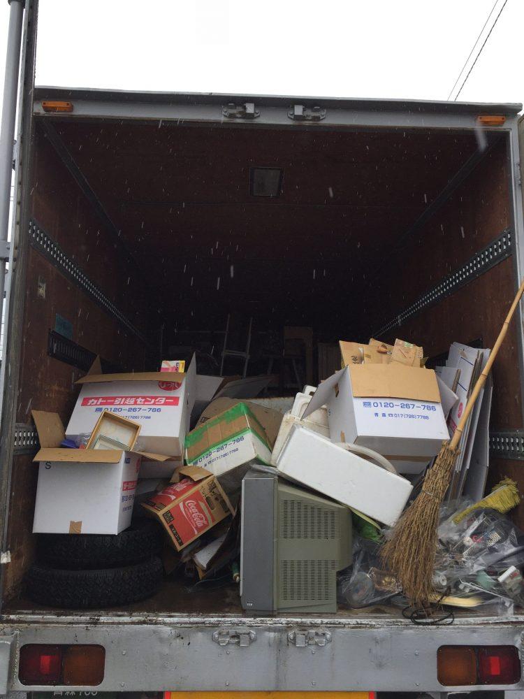 青森市にて遺品整理に伴う不用品回収と庭木伐採のご依頼 お客様の声