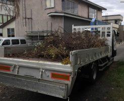 【青森市千刈】剪定後の庭木の回収☆すっきりとお庭が片付きご満足いただけました!