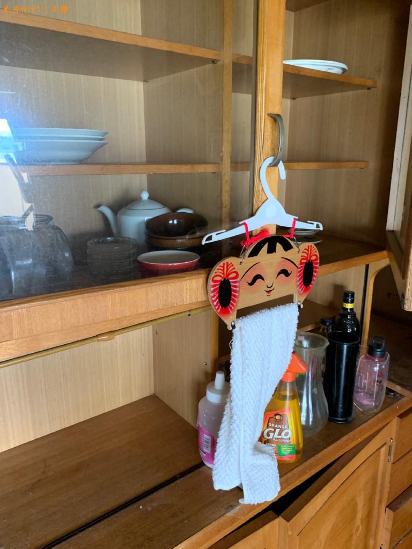 【青森市】タンス、食器棚、折り畳みベッド、鏡台等の回収・処分